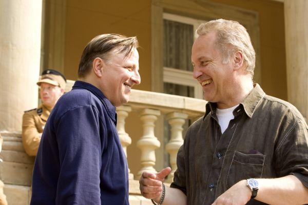 Regisseur Kaspar Heidelbach am Set von BERLIN 36 mit...'36')