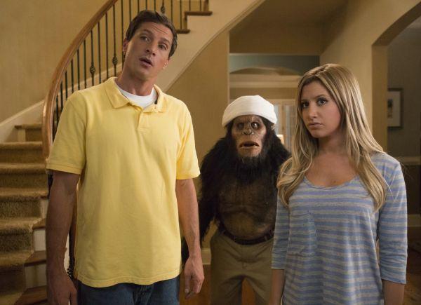 Scary Movie 5 - Dan (Simon Rex) und Jody (Ashley...such.