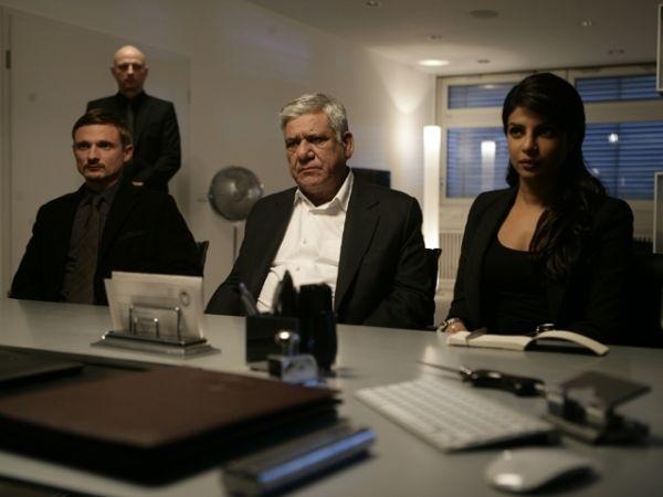 Don - The king is back - Priyanka Chopra, Boman Irani...Lukas