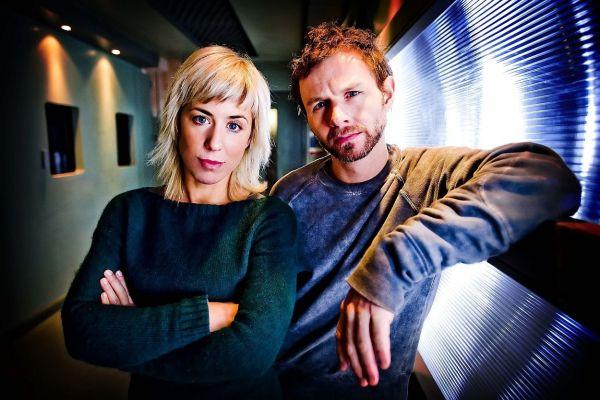 Hautnah - Die Methode Hill - Emma Handy und Mark Letheren