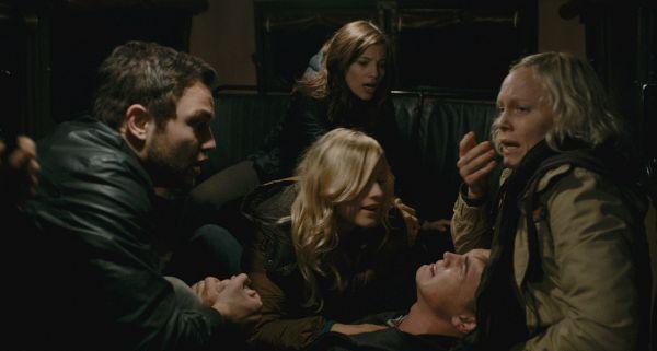 (L-r) JONATHAN SADOWSKI als Paul, OLIVIA TAYLOR...aries